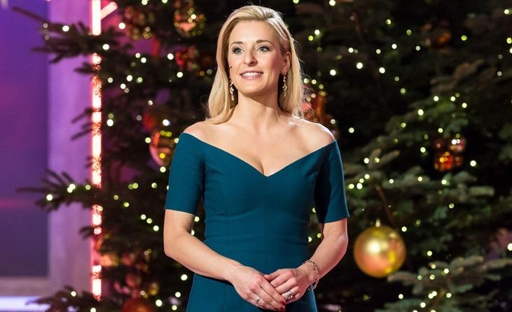 Weihnachtslieder Charts 2019.Stefanie Hertel Jetzt Im Vorverkauf Die Tv Aufzeichnung Stefanie