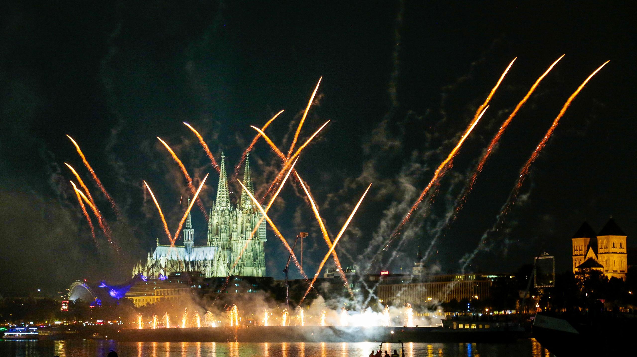 Kölner Lichter Feuerwerk 2021