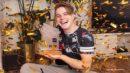 "VINCENT GROSS <br>""Nummer 1 Award"" der Schweizer Hitparade für Vincent Gross!"
