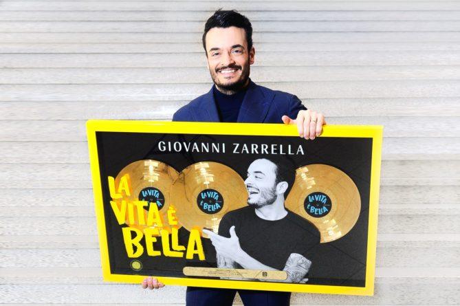 """GIOVANNI ZARRELLA <br>Giovanni Zarrella erhält Dreifach-Gold für sein #2 Debütalbum """"La vita è bella""""!"""