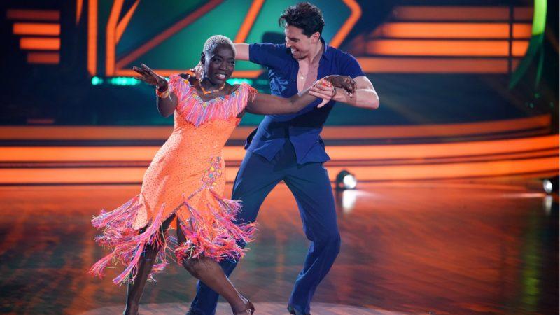 """""""LET'S DANCE"""" <br>Viertelfinale und Trio-Dances bei """"Let's Dance"""": Die Tänze der 10. Live-Show am Freitag (14.05.2021)!"""