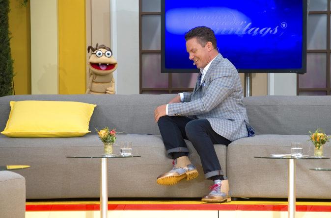 "STEFAN MROSS <br>Sonntagvormittag, 20.06.: ""Immer wieder sonntags"" (2/12 – 2021)!"