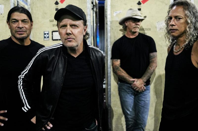 """""""OFFIZIELLE DEUTSCHE CHARTS"""" (GFK Entertainment) <br>Rockbands beherrschen die Offiziellen Deutschen Charts!"""