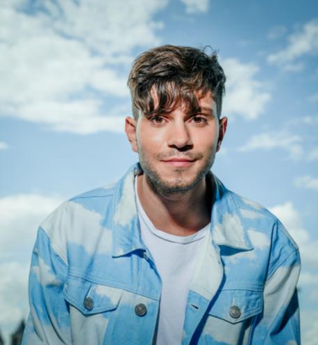 """JULIAN REIM <br>Julian Reim zeigt neue Single """"Fühlen wir uns gut an"""" und startet Vorverkauf seines Debütalbums """"In meinem Kopf""""!"""