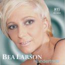 """BEA LARSON <br>Neuer Song """"Hundertmal"""" seit 15.10.2021 am Start!"""